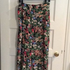 Zara black flowered flows slacks
